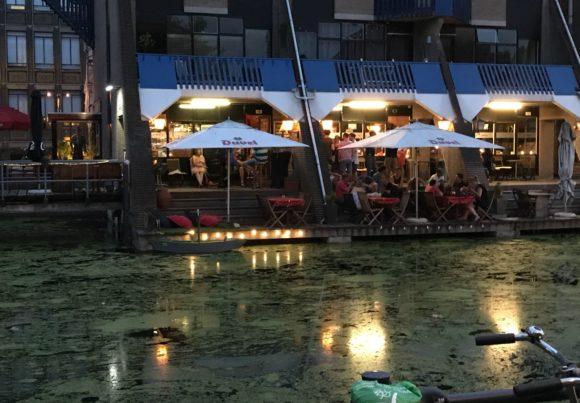 Gezellig en rustig eten bij de Haagse Bluf